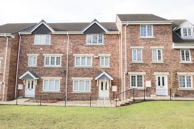 Thumbnail Property to rent in Oak Tree Lane, Seacroft, Leeds