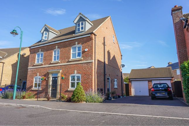 Thumbnail Detached house for sale in Shore View, Peterborough