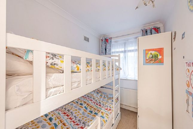 Bedroom 3 of Francklyn Gardens, Edgware, Greater London. HA8