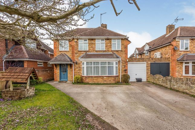 Thumbnail Link-detached house for sale in Pink Lane, Burnham, Slough