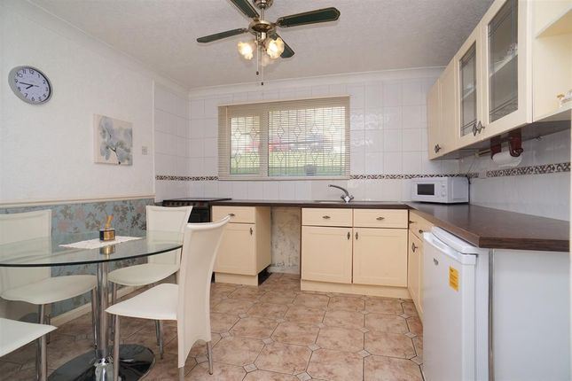 Kitchen of Roscoe Mount, Stannington, Sheffield S6