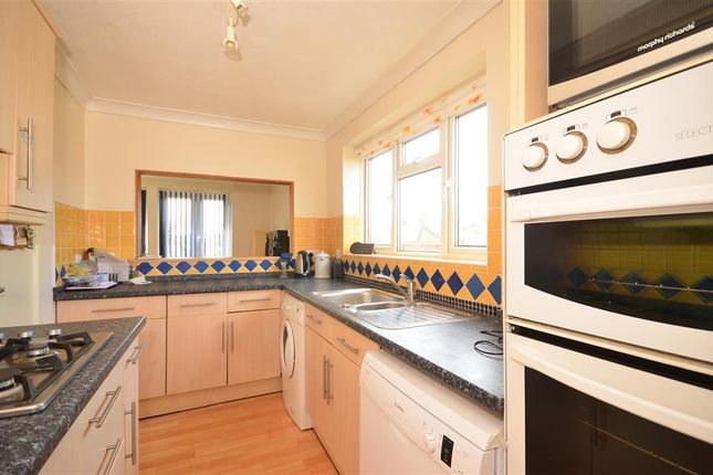 3 bed bungalow for sale in Sheepfair, Lewes, East Sussex