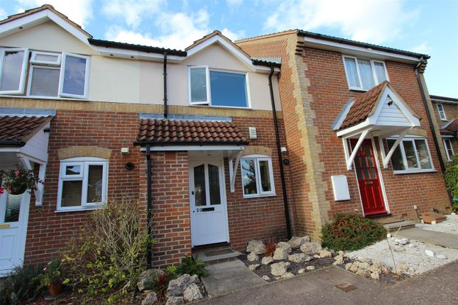 Thumbnail Terraced house to rent in Slippers Hill, Old Town Borders, Hemel Hempstead