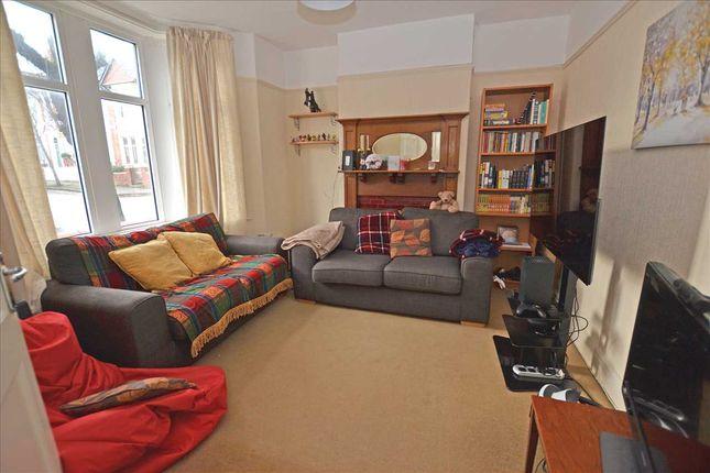 Cloakroom of Clodien Avenue, Heath, Cardiff CF14