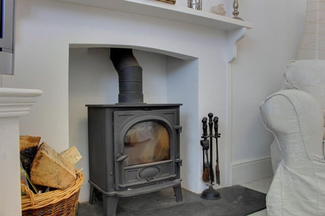 Thumbnail Terraced house for sale in Station Road, Braunton