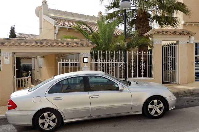 2 bed villa for sale in Blue Lagoon, Orihuela Costa, Alicante, Valencia, Spain