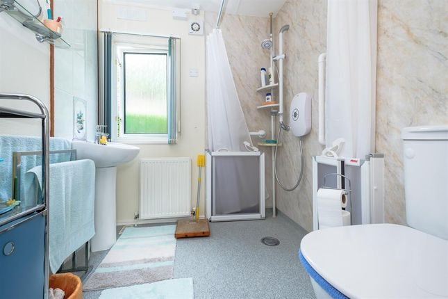 Wetroom of The Glade, Caerwnon Park, Builth Wells LD2