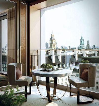 Views Of Big Ben of Luxurious Riverside Apartment, Belvedere Gardens, London SE1