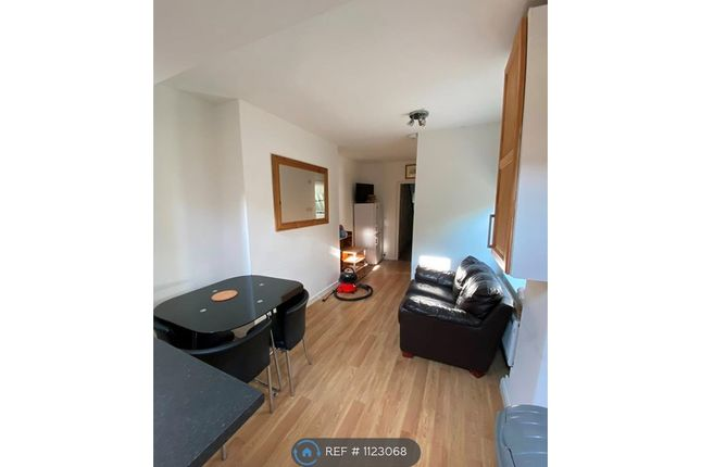 Thumbnail Terraced house to rent in Greenbank, Plymouth