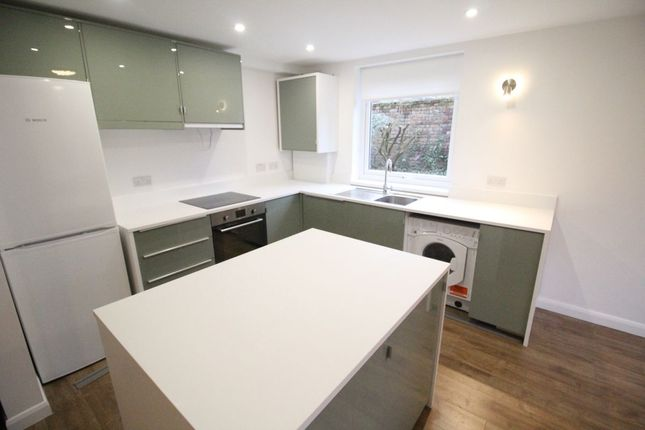 Thumbnail Flat to rent in Stanton Avenue, Didsbury, Manchester