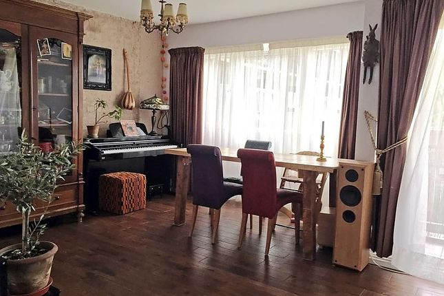 Thumbnail Flat to rent in Ludovick Walk, London