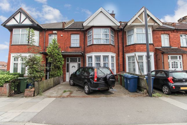 Four Bedroom Terraced House To Rent