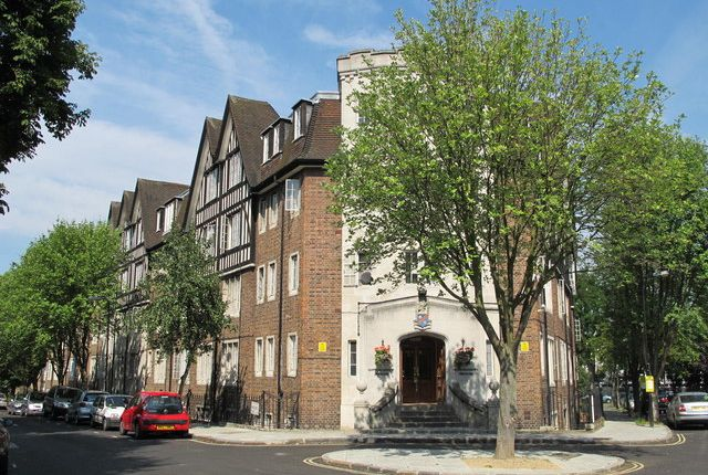 1 bed flat to rent in Hillsborough Court, Mortimer Crescent, Kilburn