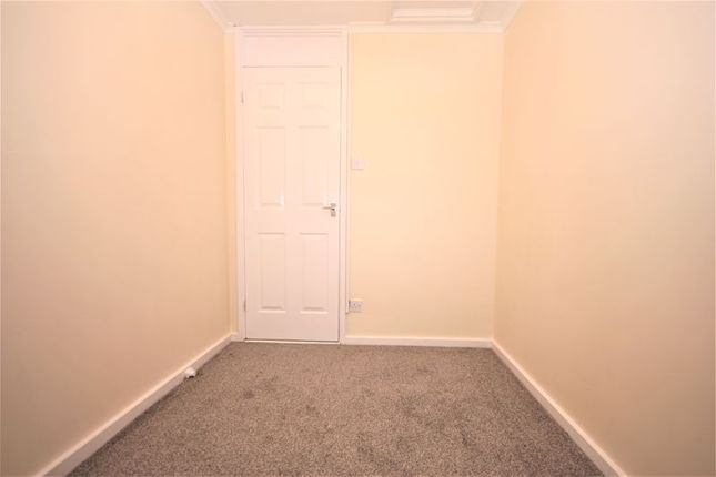 Bedroom 2 of Dalwood Close, Bransholme, Hull HU7