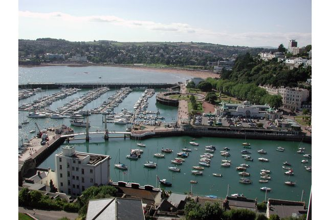 Thumbnail Flat for sale in Shirley Towers, Torquay