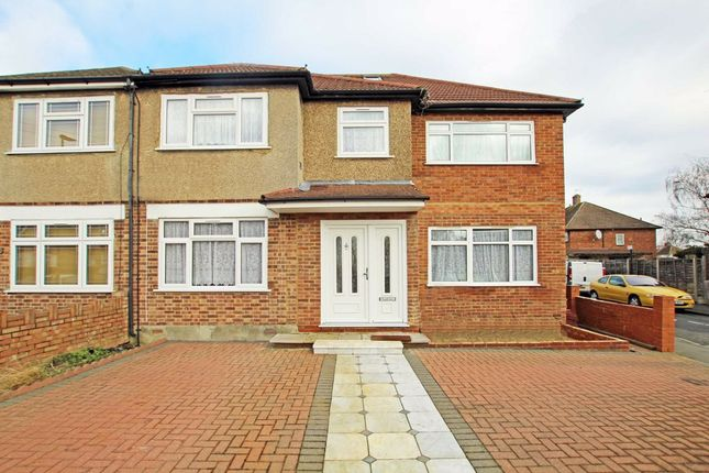 Thumbnail Property to rent in Heath Road, Hounslow