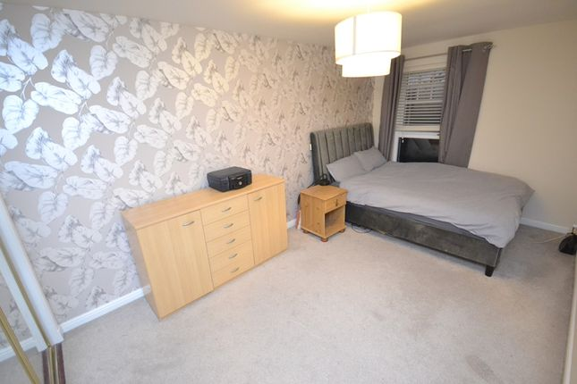 Bedroom 1 of Castlefield Court, Millerston G33