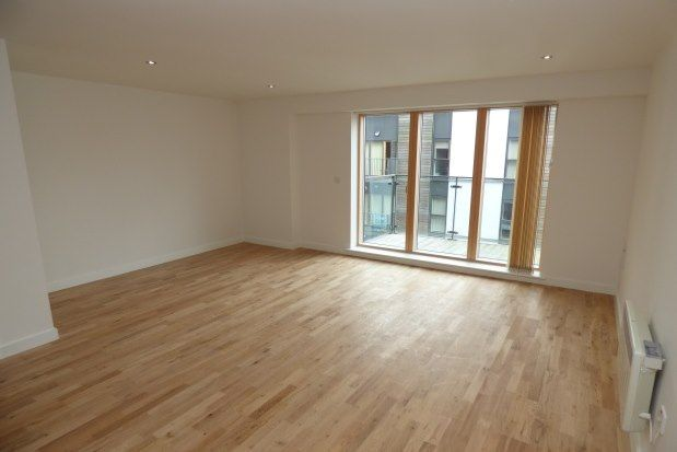 Thumbnail Flat to rent in 124 The Rock, Bury