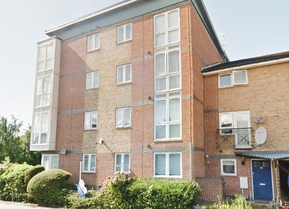 Thumbnail Flat to rent in Park Road, Bounds Green