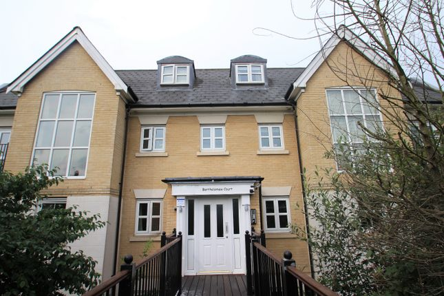Thumbnail Flat to rent in Mile End Road, Colchester, Essex