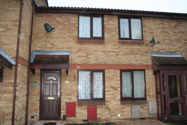Thumbnail Terraced house to rent in Gade Close, Hayes
