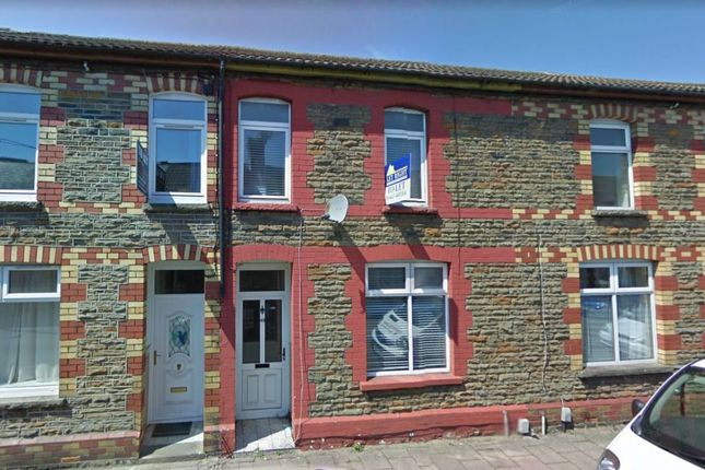 4 bed terraced house to rent in Meadow Street, Treforest, Pontypridd