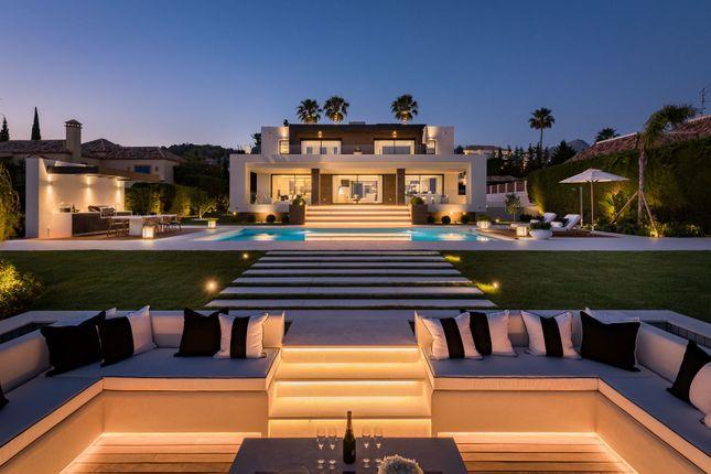 Thumbnail Villa for sale in Los Naranjos Golf, Puerto Banus, Málaga, Andalusia, Spain