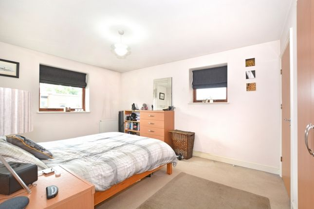 Master Bedroom of Commonwealth Drive, Crawley RH10