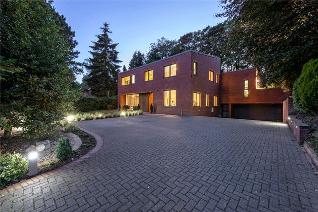 Thumbnail Detached house for sale in New Road, Welwyn, Hertfordshire