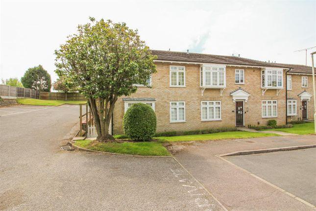 2 bed flat for sale in Nursery Fields, Sawbridgeworth CM21