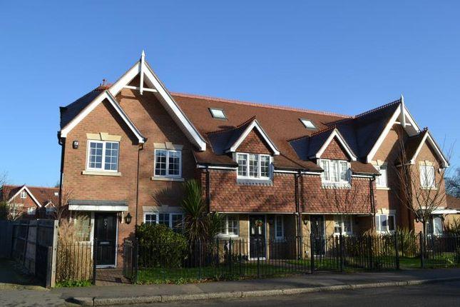 Thumbnail Property to rent in Hersham Road, Walton On Thames, Surrey