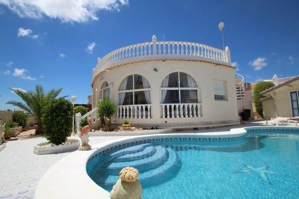 Villa for sale in El Presidente, Villamartin, Costa Blanca, Valencia, Spain