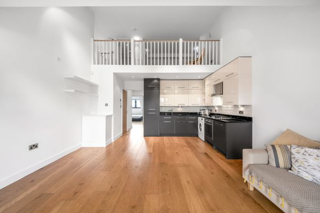 Thumbnail Flat to rent in Auckland Road, Upper Norwood, London