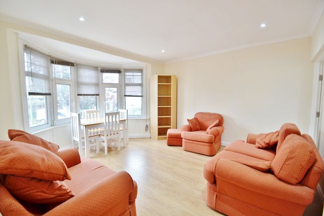 Thumbnail Duplex to rent in Netherlands Road, Barnet