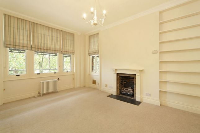 2 bed flat to rent in Chelwood House, Embankment Gardens, London