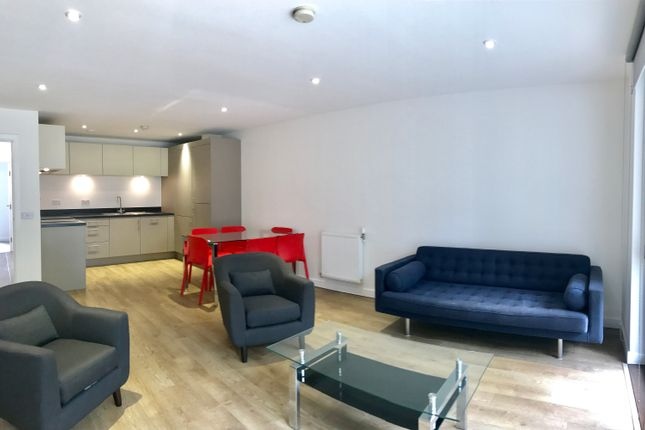 Thumbnail Flat to rent in Lindfield Street, Poplar