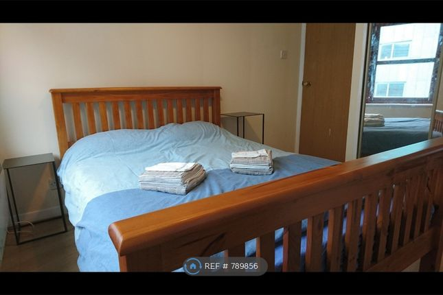 Bedroom of Albion Gate, Glasgow G1