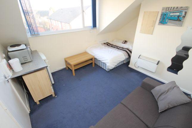 Thumbnail Studio to rent in Irwin Approach, Halton, Leeds