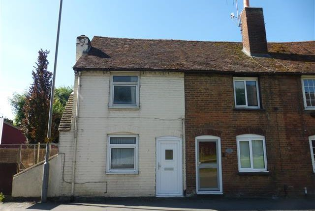 Thumbnail Semi-detached house to rent in Waterside, Chesham