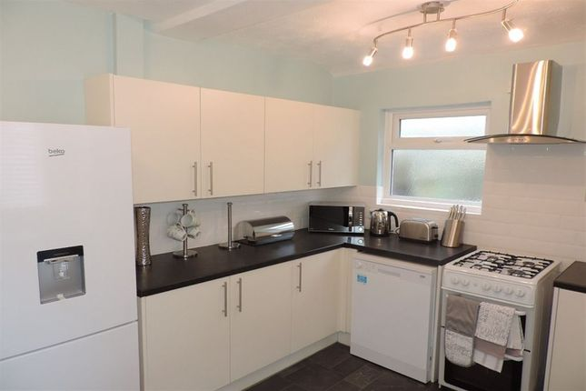 Thumbnail Room to rent in Room 1, Huntly Grove, Peterborough