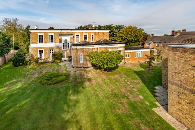 Thumbnail Flat for sale in Ouseley Road, Old Windsor, Windsor