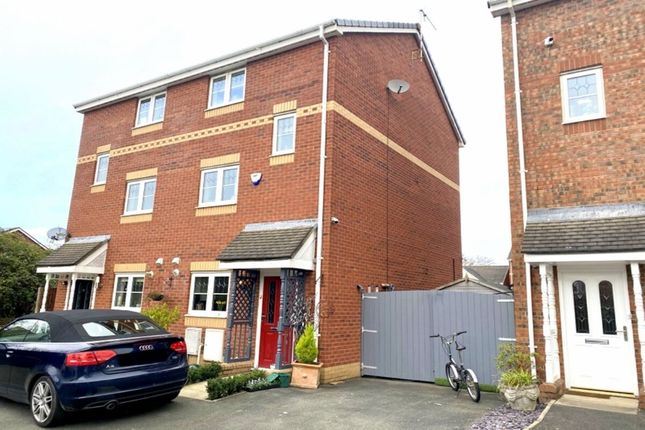 4 bed semi-detached house to rent in Mottram Drive, Nantwich CW5