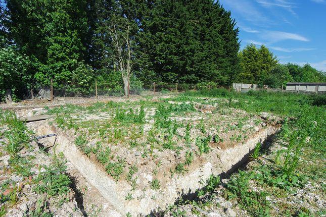 Thumbnail Land for sale in Slip End, Baldock