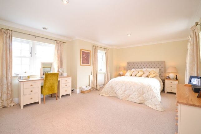 Thumbnail Detached house for sale in Green Lane, Cowes
