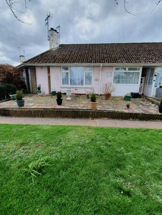 1 bed terraced bungalow to rent in Torridge Avenue, Torquay TQ2