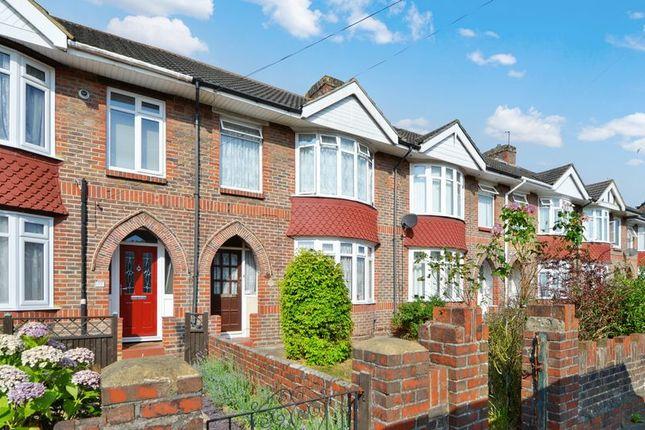 Thumbnail Terraced house for sale in Redlands Lane, Fareham