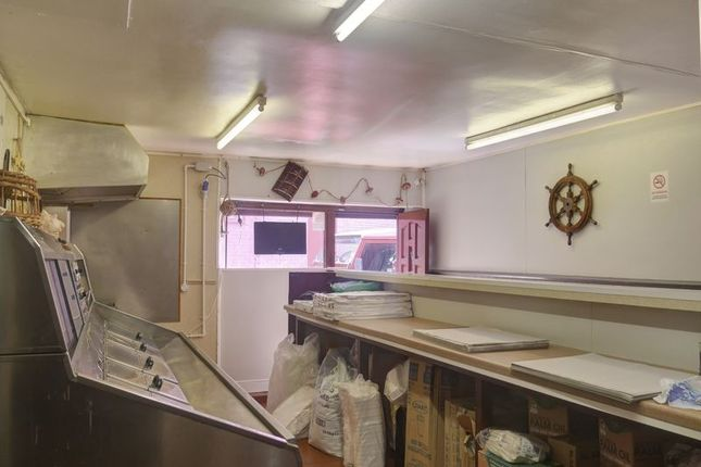 Photo 4 of L.Oxley Fish & Chips, Back Row, Whickham NE16
