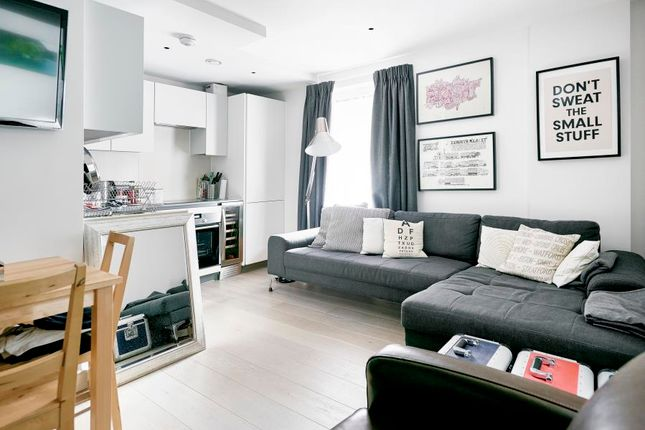 Thumbnail Flat to rent in The Precinct, Packington Square, London