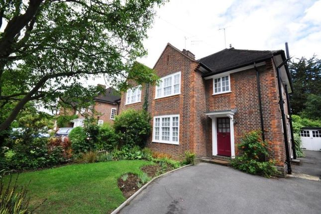Thumbnail Property to rent in Woodhall Gate, Pinner, Middlesex