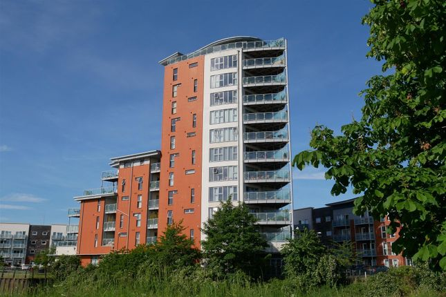 Thumbnail Flat for sale in Reavell Place, Ipswich
